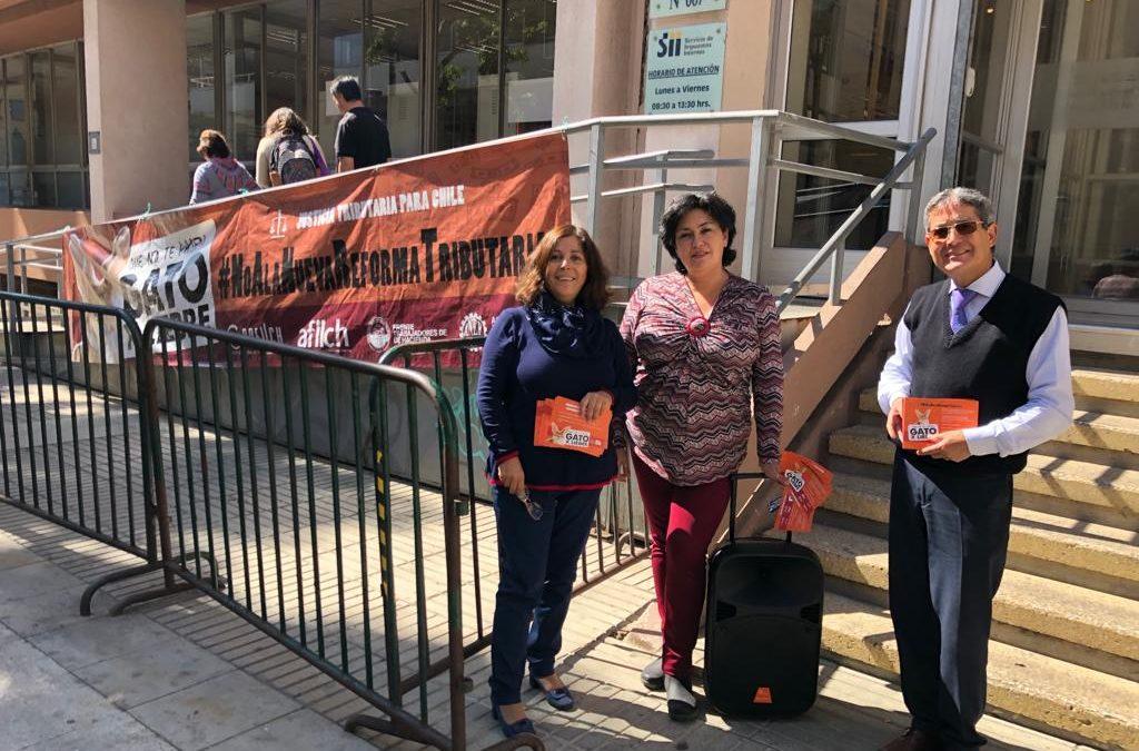 """Dirección Regional de Valparaíso realiza banderazo informativo en la antesala de votación por """"modernización tributaria"""""""