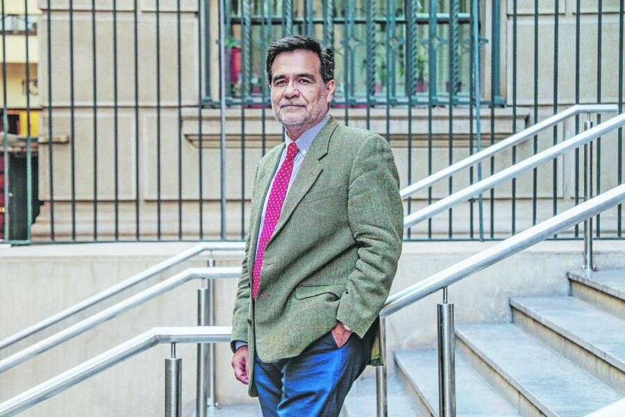 Declaración ANEIICH: Mientras el Servicio de Impuestos Internos se incendia, Fernando Barraza se mete las manos a los bolsillos